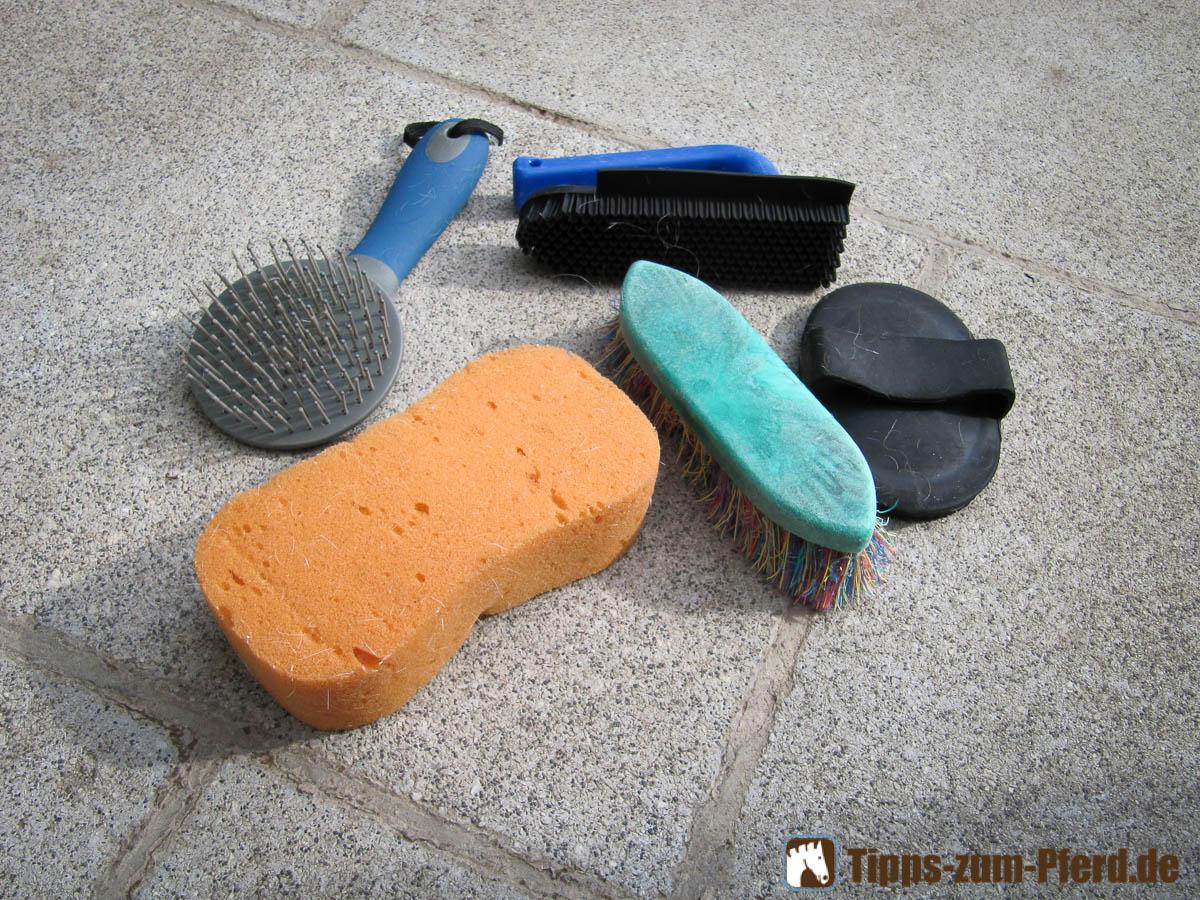 putzzeug regelmäßig reinigen  tipps zum pferd ~ Waschmaschine Desinfizieren