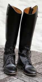 So glänzen die Stiefel wieder